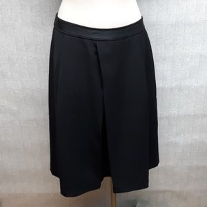 White House Black Market Skirt - EUC